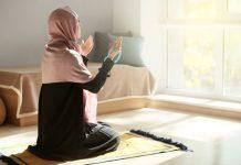 10 Adab ketika berdoa