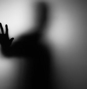 Jin hantu raya